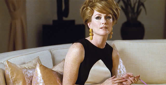 julianne-moore a single man